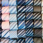 成人式のネクタイで人気の色やブランド!タイピンは必要?